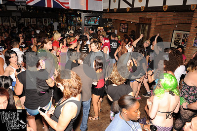 Vagine Regime Pants Off Dance Off