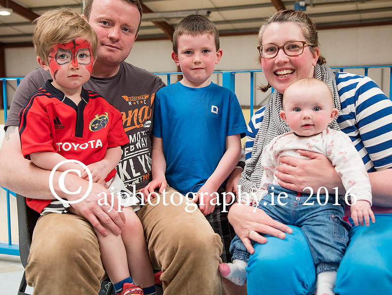 EEEjob 28/05/2016  SPORT/SOCIAL Pictured at the Roller Derby held in Little Island, l - r Donnacha Saunders Darrell Saunders, Oiseen Saunders, Åine Mackey and Rionath Saunders. Picture: Andy Jay