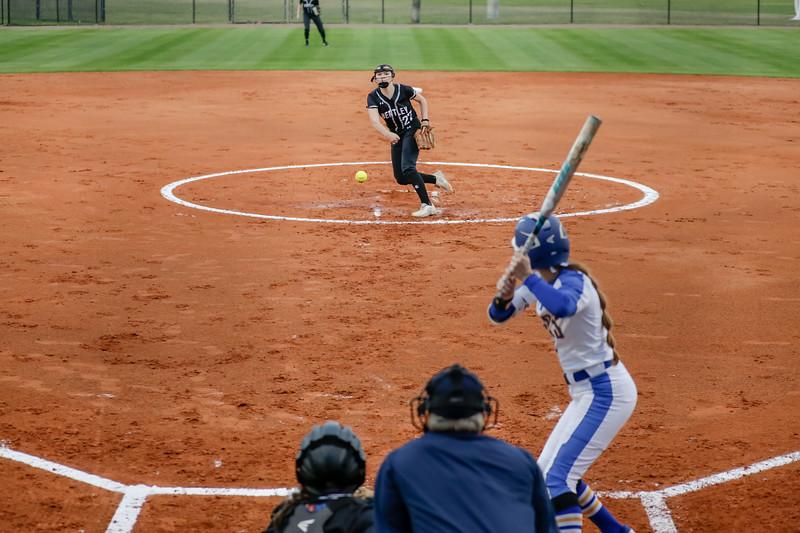 NCAA Softball: Rollins Host Bentley