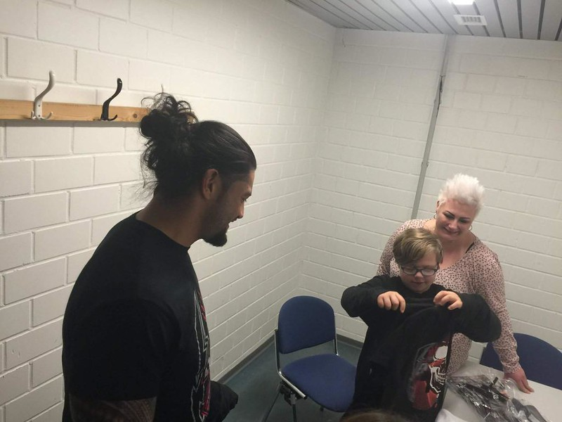 © wwe/Roman Reigns FB
