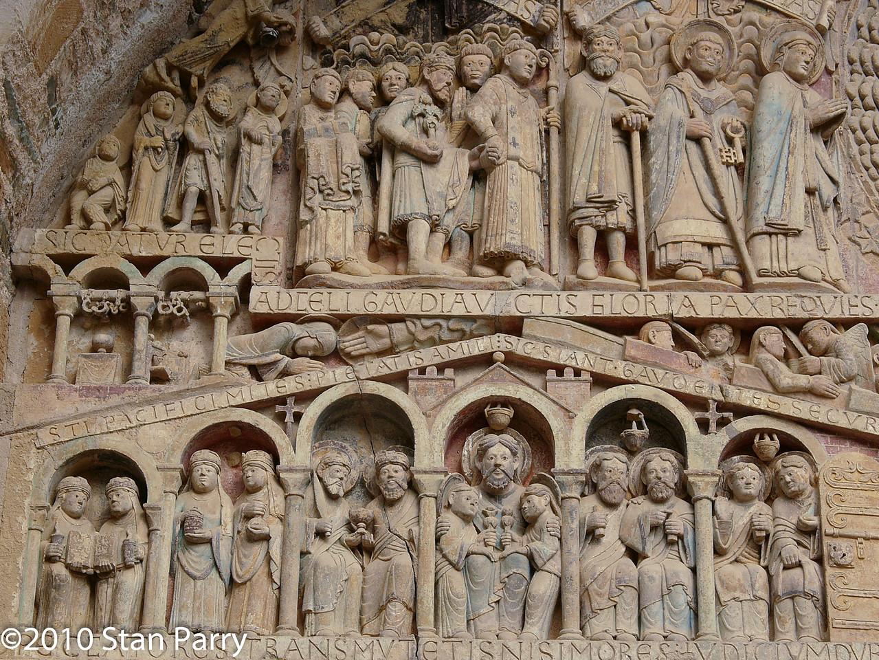 Abbey Church of Saint Foy Tympanum, The Saved