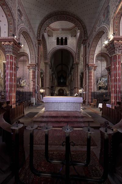 Issoire. Saint-Austremoine Abbey Altar and Nave