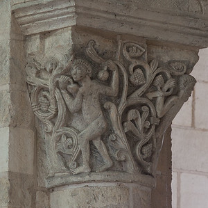 Saint-Benoit-sur-Loire Abbey Choir Capital, Men Among Acanthus Leaves