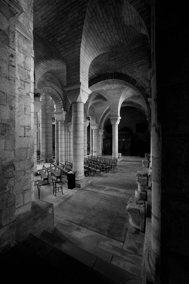 Saint-Hilaire-le-Grand Abbey Aisle and Vaults