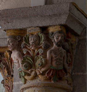 Saint-Nectaire Abbey Capital, Men with Green Man