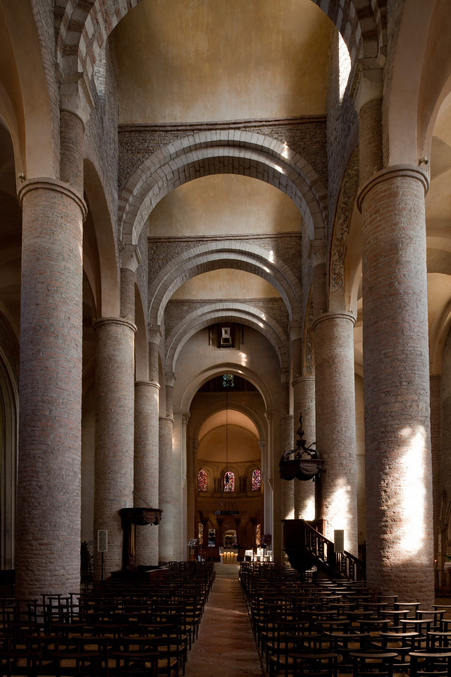 Tournus, Saint-Philibert Abbey Nave and Choir