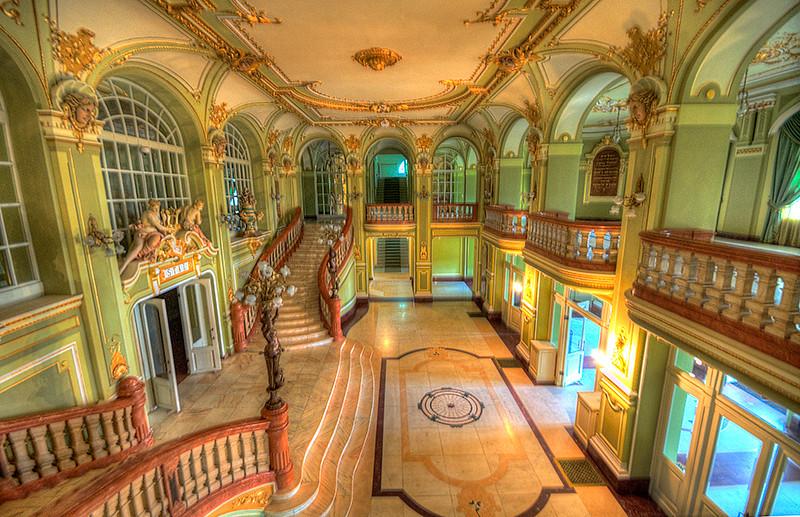 Lasi  Royal Theatre