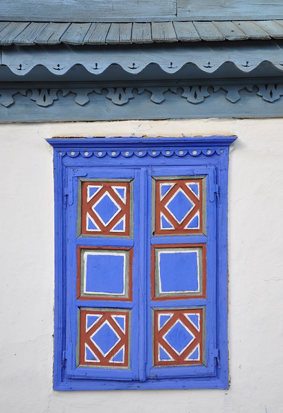House Window at Village Museum. 2017.