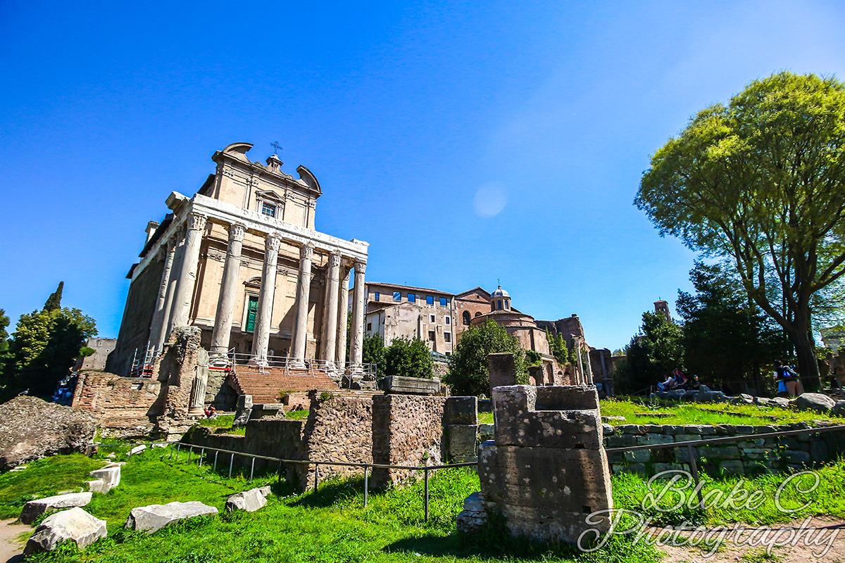 IMAGE: https://photos.smugmug.com/Rome-2017/i-szpPqwM/0/O/Rome-2017_090.jpg