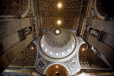 Dôme de la Basilique St-Pierre.