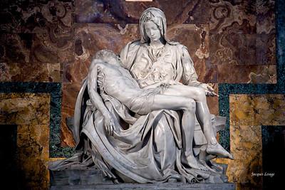 La Pieta de Michelangelo - Basilique St-Pierre de Rome juillet 2007
