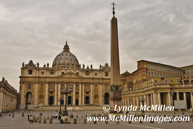 Morning dawn,  St. Peter's Square, Vatican City