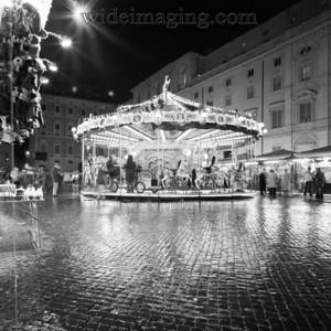 Piazza Navona, December 28, 2003.