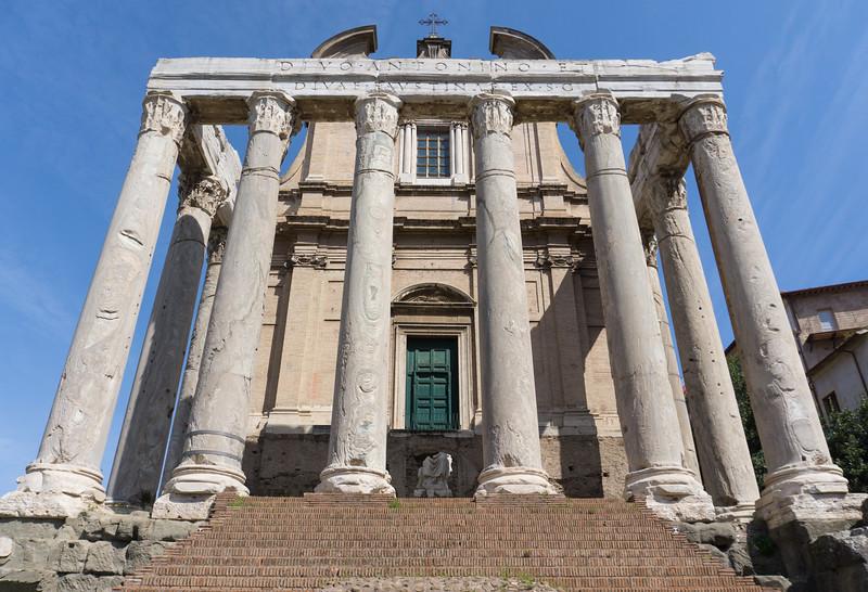 Tempio di Antonino e Faustina  (Temple of Antoninus and Faustina)