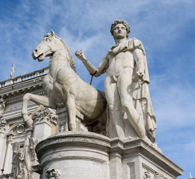 Statue at Piazza Venezia