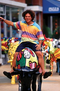 Romero and Flower Power CowRomero BrittoCowParade NYC 2000