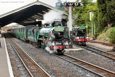 Greenly magic as No.3 pulls out and No.2 rests in the siding