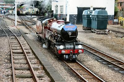 Hercules runs round the local train