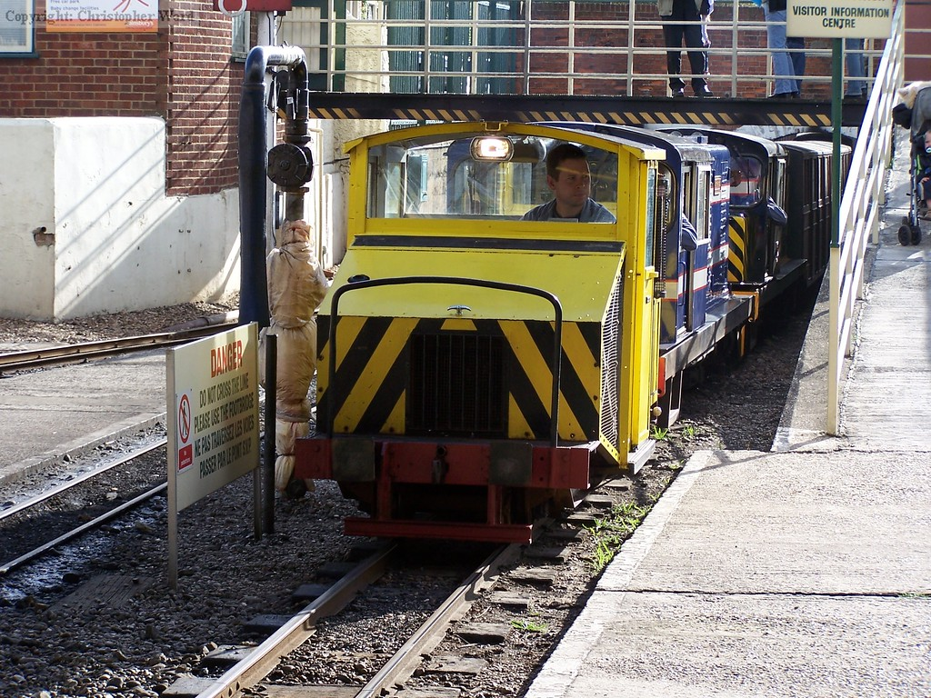 Scooter leads a trio of diesels into New Romney