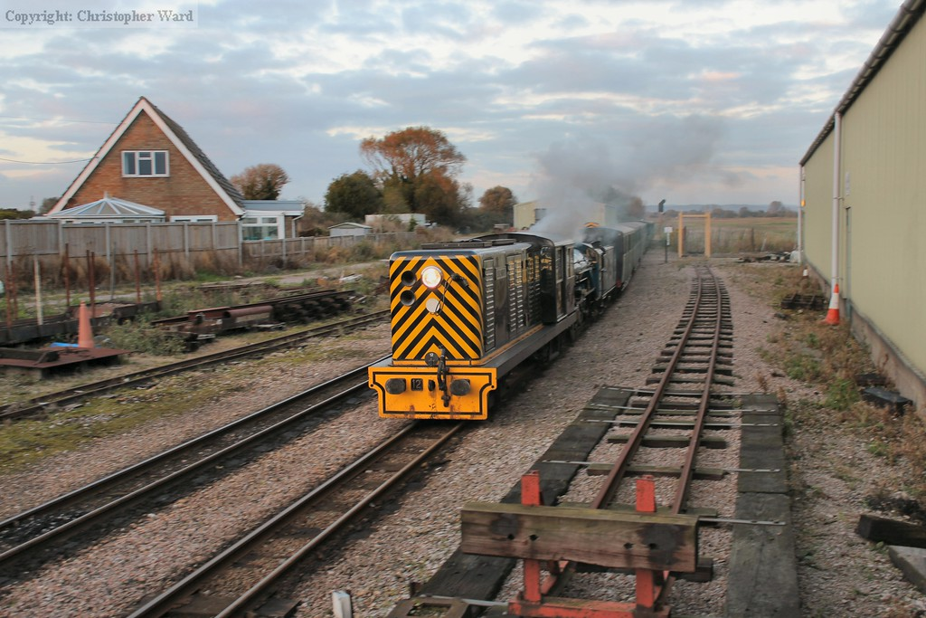 No.12 leads No.8 into New Romney