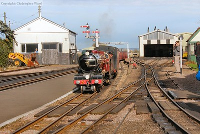 Hercules coasts in with a Dungeness-bound train