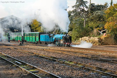 The blue engine gets away with the Hythe train