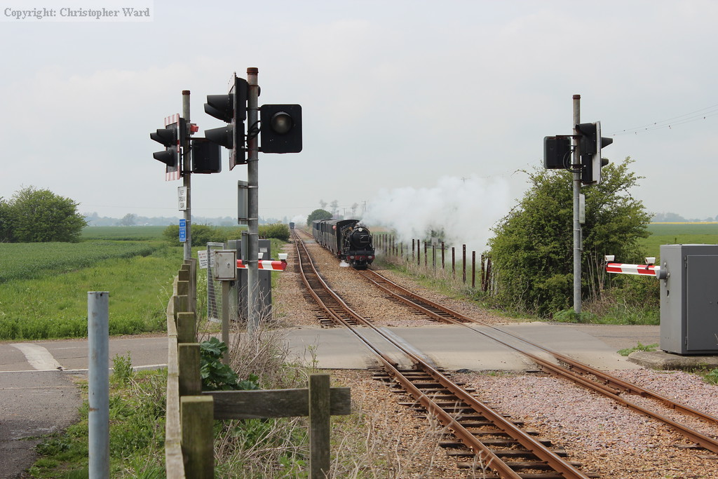 Samson runs off the Willop as Green Goddess' train disappears into the distance