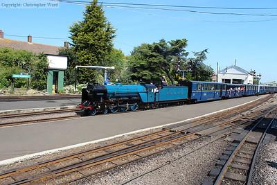 Blue engine, blue stock...and blue sky!