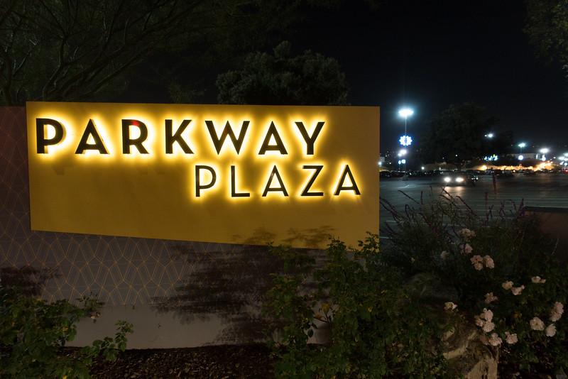 Parkway Plaza Christmas 2016-01720