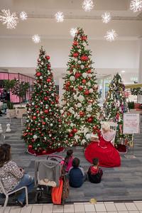 Parkway Plaza Christmas 2016-01670