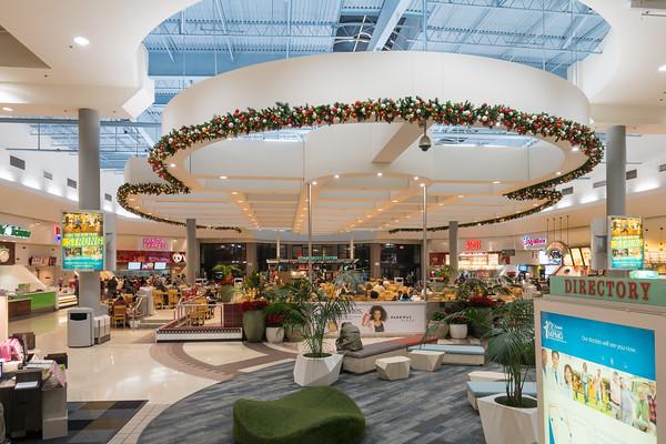 Parkway Plaza Christmas 2016-01674