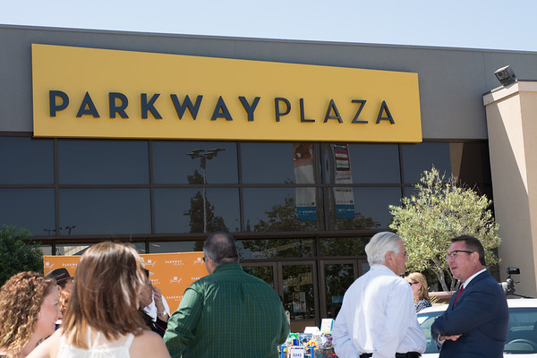 Parkway Plaza Tax Day-24705