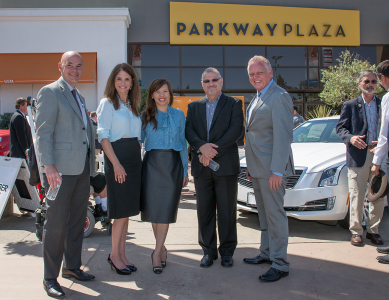 Parkway Plaza Tax Day-24744