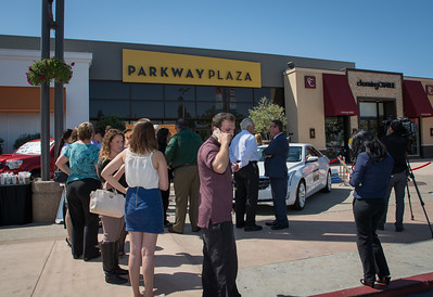 Parkway Plaza Tax Day-24704