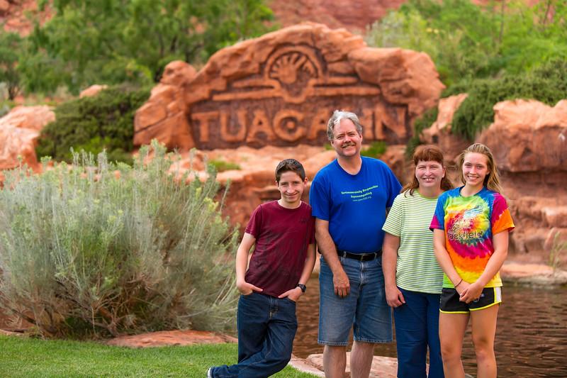 2015-07-08 Mark, Laurinda & Family_0013
