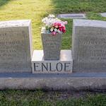 2016-05-27 Norris, Ron, Victoria & Tamara at the Mesa Cemetery_0011