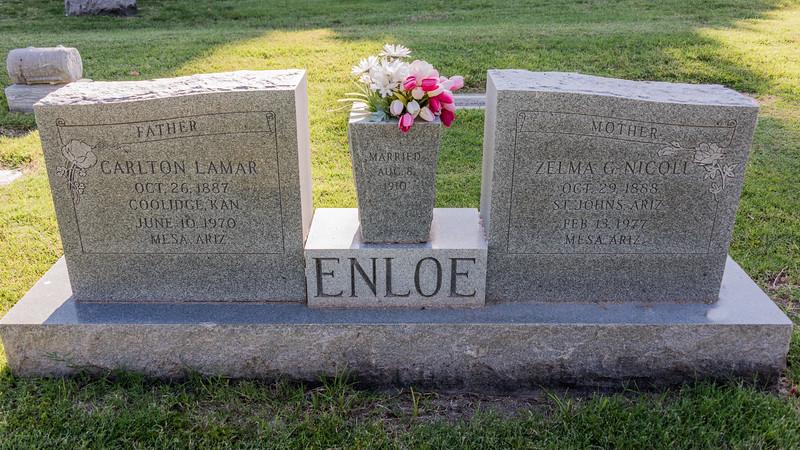 2016-05-27 Norris, Ron, Victoria & Tamara at the Mesa Cemetery_0012