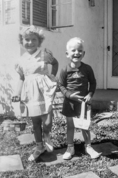 1945 Charlotte & Nollie on Easter_0003-EIP (Adjusted)