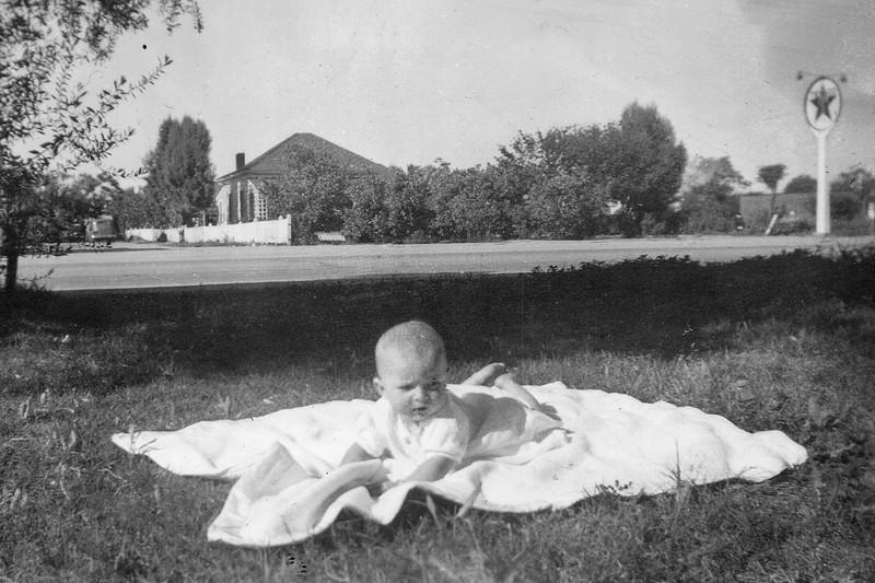 1940-42 Charlotte_0073 (Adjusted)