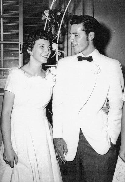 1957-07-01 Garrett & Charlotte Davis Wedding_0007 (Adjusted)