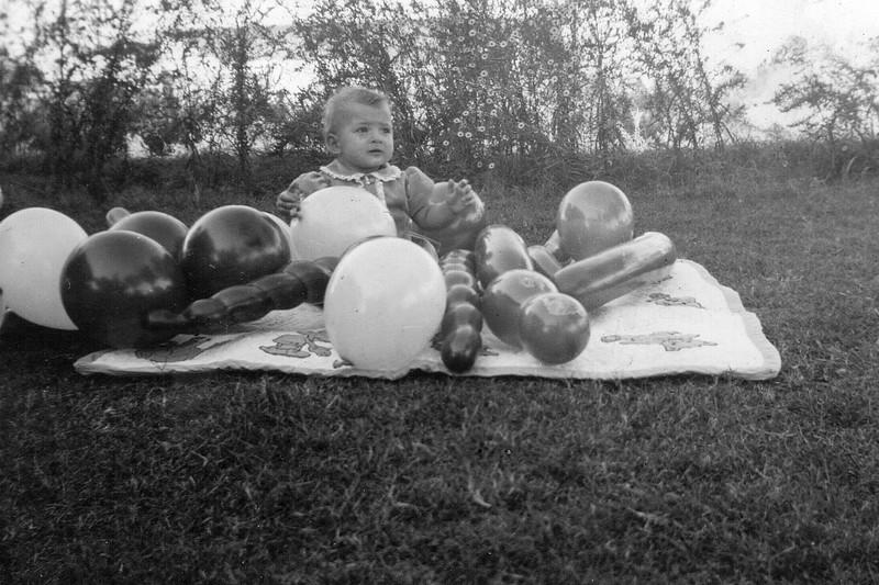 1940-42 Charlotte_0018 (Adjusted)