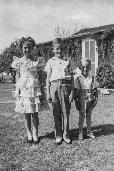 1949 Charlotte, Nollie & Ron_0002-EIP (Adjusted)
