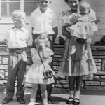 1954 Charlotte, Nollie, Ron, Victoria & Tamara on Easter_0001 (Adjusted)