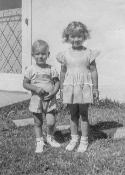 1944-06 Charlotte & Nollie on Father's Day_0010-EIP (Adjusted)