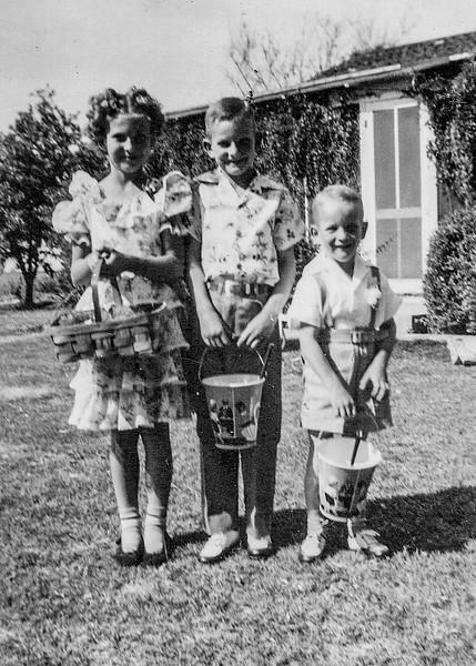 1949 Charlotte, Nollie & Ron_0004-2-EIP (Adjusted)