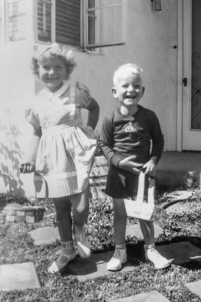 1945 Charlotte & Nollie on Easter_0003-EIP (Adjusted)