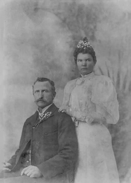 1896-12-23 Willard & Laura Skousen