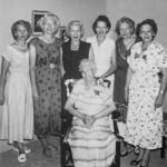 1955c Laura with Velva, Beulah, Frona, Fern, May & Anna