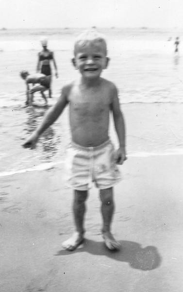 1948 Ron in Santa Monica_0004 (Adjusted)