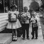 1950 Charlotte, Nollie & Ron - Easter_0001-EIP (Adjusted)